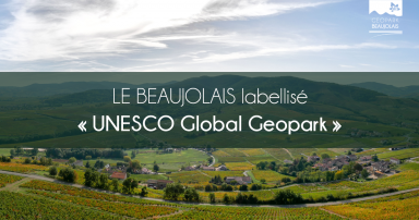 "Bandeau d'annonce de la labellisation ""UNESCO Global Geopark"" du Beaujolais"